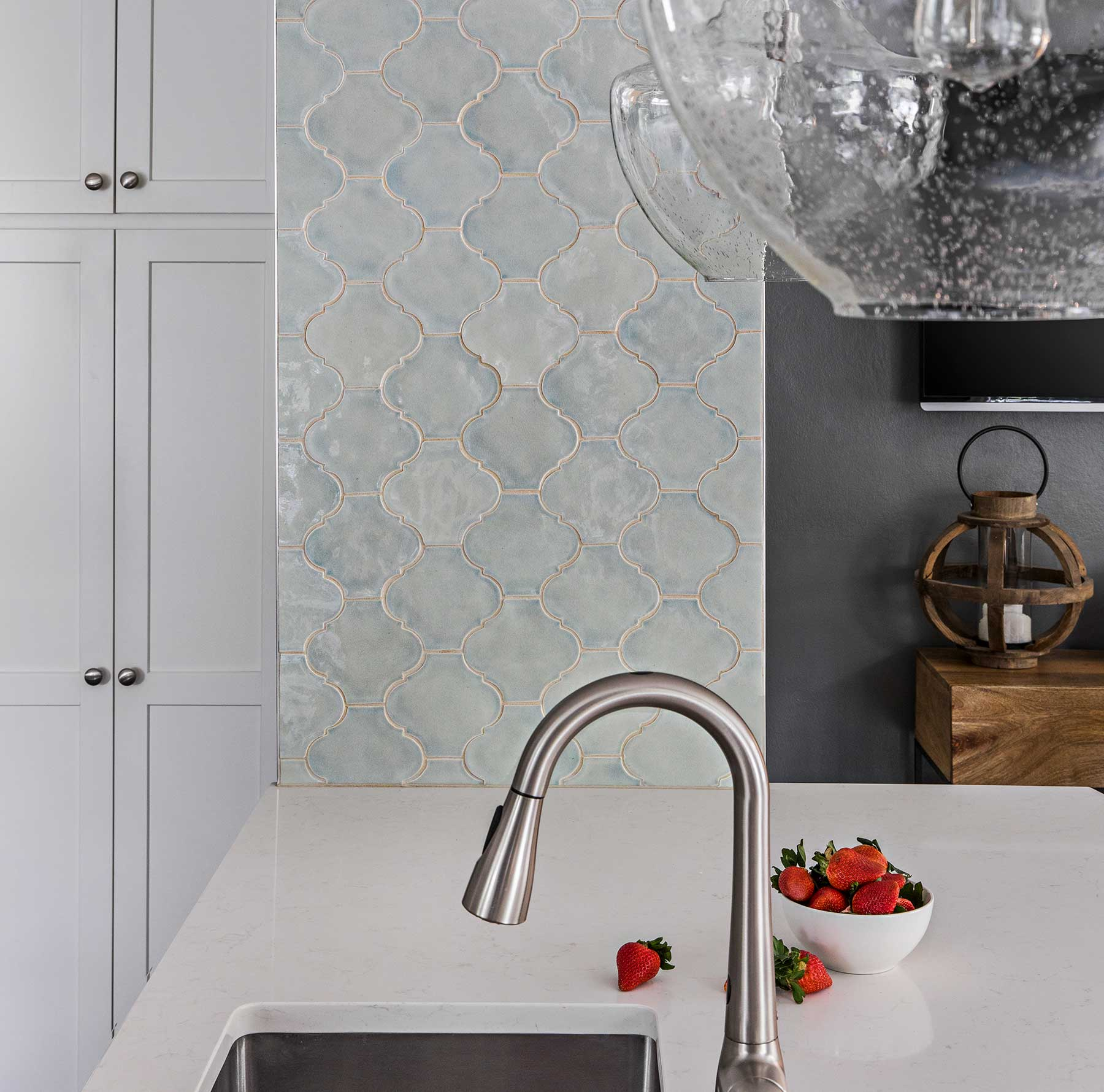 Tiled wall partition in remodeled kitchen