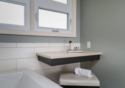 Floating-Shelf-in-Master-Bath-suite-on-full-Tile-wall-and-Tiled-in-Tub
