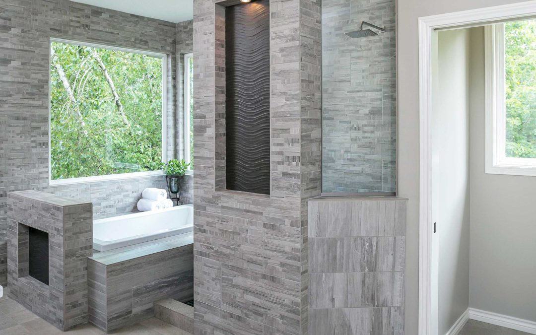 How Walk-In Showers Make Your Bathroom Feel Bigger