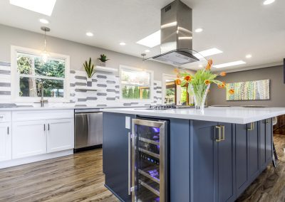 Transitional SW Portland Open Kitchen Wood Floors Island Range Island Wine Refrigerator